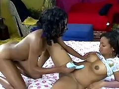 Mature and teenie lick each other black lesbian porn